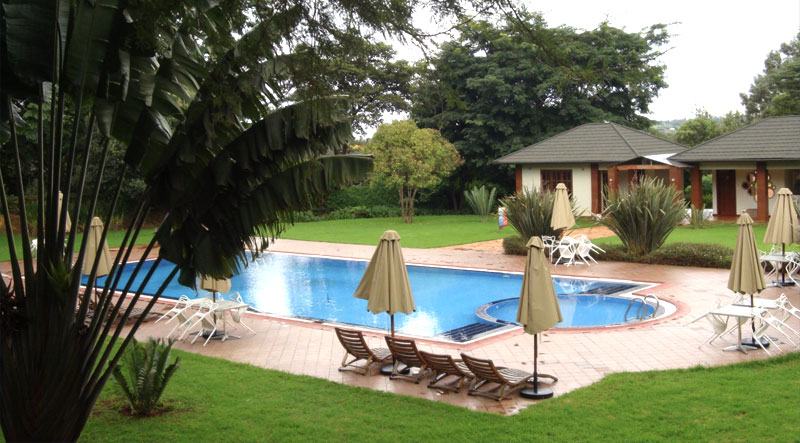 Acacia Farm Lodge pool
